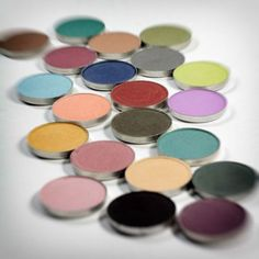 KROMA Mineral Eyeshadow Silk * This is an Amazon Affiliate link. Check this awesome product by going to the link at the image.