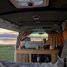 Camper van interior design and organization ideas (38)
