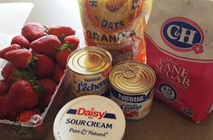 Spring is here and the sun will be shinning bright. The kids would want to go to the park or have a pool party, this snack would be per. Mexican Snacks, Mexican Food Recipes, Yummy Treats, Delicious Desserts, Yummy Food, Strawberries And Cream Recipe, Daisy Sour Cream, Crema Recipe, Tupperware Recipes