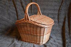Handmade Wicker Picnic Basket, Handmade Willow Basket, Rustic Country Basket with Lid, Lidded Basket, Hand Woven MArket Basket