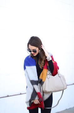 The Perfect Neutral Handbag with @Oradelphine