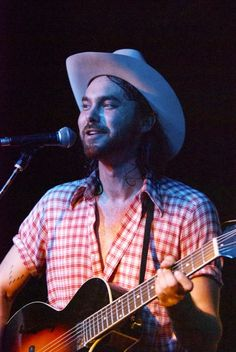 "Shakey Graves Celebrates ""Shakey Graves Day"" Anniversary With Pay-What-You-Want Release American Songwriter, Songwriting"