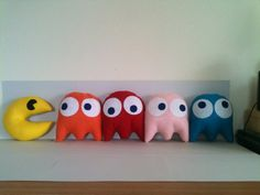 Felt stuffed Pacman and ghost toys by ArcadesAnonymous on Etsy, $20.00 adorable!!!!!!!!!!!!!