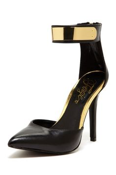 Palace Pointed Toe Pump