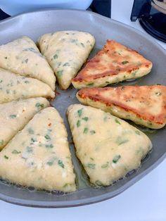 Eat – Çekirde-X Fast Easy Dinner, Fast Dinner Recipes, Lunch Recipes, Snacks To Make, Easy Snacks, East Dessert Recipes, Food Platters, Baked Chicken Recipes, Turkish Recipes