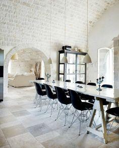 Moderne Küchenmöbel Schwarze Stühle Und Großer Esstisch