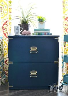 Diy Home : Illustration Description How to turn an old filing cabinet or an old dresser into a gorgeous campaign dresser inspired piece with Fat Paint chalk style paint (Amanda Forrest Collection Navy State of Mind) -Read More – Office Makeover, Cabinet Makeover, Furniture Makeover, Diy Furniture, Street Furniture, Rehabbed Furniture, Upscale Furniture, Dresser Furniture, Furniture Refinishing