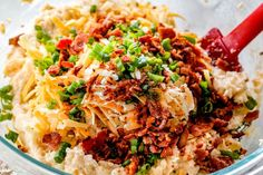 showing how to make twice baked potatoes by adding cheese, bacon and green onions to potato filling Baked Potato Recipes, Baked Potato Soup, Potato Pie, Potato Side Dishes, Veggie Dishes, Freezable Meals, Easy Meals, Easy Twice Baked Potatoes, Supper Recipes