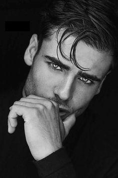 Handsome man =) mesmerizing eyes in 2019 красивые парни, искусство. Portrait Photography Men, Photography Poses For Men, Male Eyes, Male Face, Beautiful Eyes, Gorgeous Men, Foto Face, Men Photoshoot, Pretty Men