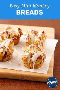 Your weekends just got sweeter. These mini monkey breads are made from just one ingredient--Pillsbury™ cinnamon rolls! Brunch Recipes, Breakfast Recipes, Snack Recipes, Dessert Recipes, Cooking Recipes, Snacks, Bread Recipes, Mini Monkey Bread, Breakfast Items