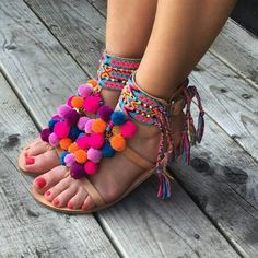 Showing off the PomPom power 🌸🌺🌸 Link in bio Dream Shoes, Crazy Shoes, Me Too Shoes, Leather Sandals, Shoes Sandals, Pom Pom Sandals, Mode Shoes, Kinds Of Shoes, Mode Style