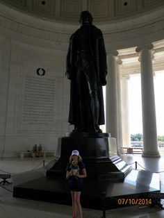 Ollie visited the Jefferson Memorial at the National Mall. Thomas Jefferson was the primary author of the Declaration of Independence.