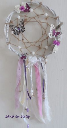 attrape reve - sand en scrap demonstratrice stampin up 27 - Flavie Lasaga - Doily Dream Catchers, Beautiful Dream Catchers, Dream Catcher Art, Dream Catcher Mobile, Diy Arts And Crafts, Crafts To Make, Dream Catcher Patterns, Dreamcatcher Design, Beads And Wire