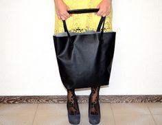 Wonderland: It's only a shopping bag - E' solo una borsa da sh...