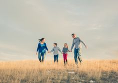 Family session at Daniels Park, Colorado.