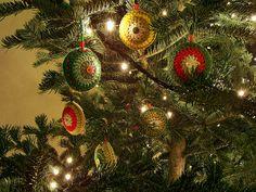 rosebud: crochet christmas ornaments