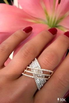 Pave Ring, Ring Verlobung, Solitaire Rings, Solitaire Diamond, Leaf Ring, Jewelry Rings, Jewelery, Fine Jewelry, Jewelry Ideas