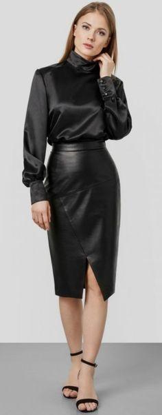 15 Elegante Outfits Mit Satinhemden - Style X Black Ruffle Skirt, Pink Midi Skirt, Long Leather Skirt, Leather Dresses, Black Leather, Leather Skirts, Sexy Skirt, Dress Skirt, Satin Bluse