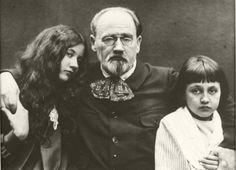 Emile Zola (1840-1902) and his children