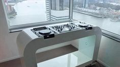 The perfect Dj booth