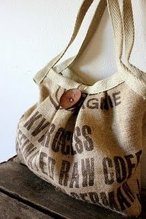 A roundup of crafts to make with burlap coffee bags (free at your friendly neighborhood roaster) ((I wonder if I could get burlap bags from Vita. Burlap Coffee Bags, Coffee Bean Bags, Coffee Sacks, Coffee Beans, Burlap Projects, Burlap Crafts, Diy Purse Design, Burlap Sacks, Hessian