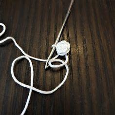 Maria A: Ohje: Virkattu mustekala Octopus Crochet Pattern, Crochet Patterns, Baby Staff, Projects To Try, Knitting, Silver, Pom Poms, Jewelry, Crocheting