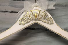 https://www.etsy.com/listing/494625434/hanger-exquisite-wedding-hanger?ref=shop_home_active_37