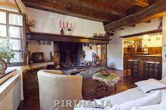 Casa en la Pleta de Baqueira, con servicio de transporte gratuito a la estación de Baqueira Beret. Para 6 personas. http://www.pirinalia.com/