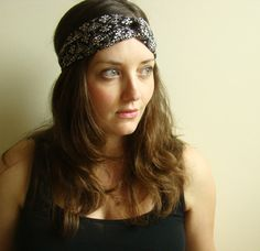I just ordered this headband in black diamond batik ... Lovely! (By Frank & Gertrude)