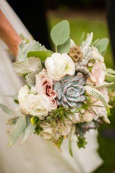 Photography by Jeremy Hess Photographers / Jeremyhessphotographers.com, Floral Design by wildflowers by design / wildflowersbydesign.com
