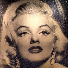 Diamond dust Marilyn by Peter Blake. Peter Blake, Marilyn Monroe, Pop Art, Fashion Shoes, Hollywood, Diamond, Sexy, People, Art Pop