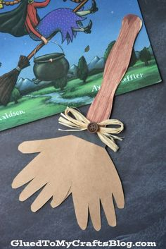 Popsicle Stick Broom Kid Craft is part of Kids Crafts Halloween Holidays It& BEWITCHING! Check out our Popsicle Stick Broom kid craft tutorial that pairs perfectly with the book Room on the Broom - Halloween Crafts For Toddlers, Halloween Activities, Halloween Art, Toddler Crafts, Halloween Themes, Halloween Labels, Holiday Activities, Halloween 2018, Halloween Stuff