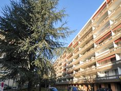 Apartment for sale in LYON - Rhone - Great value 3 bedroom apartment with sunny balcony overlooking garden. France REF: 73853JCI69 | [13471]