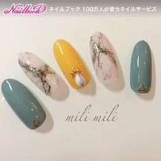 ミディアム/ホワイト/ブルー/イエロー/ワンカラー - milimiliのネイルデザイン[No.2494192]|ネイルブック