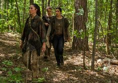 Kathy (Nicole Barre), Beatrice (Briana Venskus) and Tara Chambler (Alanna Masterson) in Episode 6 Photo by Gene Page/AMC