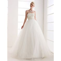 lots of inexpensive wedding dresses on this site and you can customize your search options to make it easier to find what you're looking for