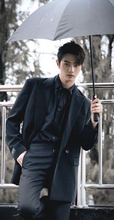 Most Handsome Actors, Handsome Boys, Korean Drama Songs, Korean Boys Hot, Ideal Boyfriend, Korea Boy, Chinese Man, Cute Funny Babies, Model Face