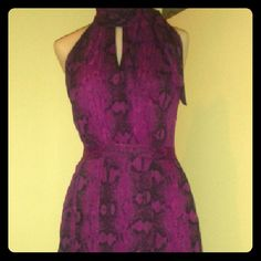 DRESS WHITE HOUSE BLACK MARKET PURPLE PRINT 0 CHIFFON SNAKE PRINT AMETHYST AND BLACK DRESS. VERY PRETTY. STYLISH YET CLASSIC WITH NICE HEYHOLE DETAIL AND NECK BOW. DEFINATELY HAS WOW FACTOR! White House Black Market Dresses Midi