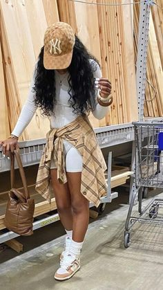 Swag Outfits For Girls, Teenage Girl Outfits, Cute Swag Outfits, Teenager Outfits, Dope Outfits, Teen Fashion Outfits, Pretty Outfits, Preteen Fashion, Tomboy Fashion
