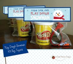 **DIGITAL FILE - NOTHING WILL BE SHIPPED** **KIT CONTENTS NOT INCLUDED*** WHAT YOU GET: The cutest printable design for MAKING YOUR OWN Play Dough Snowman kits. Download includes 8.5 x 11 sheet with two printable Play Dough Snowman bag toppers. Toppers fit standard size sandwich ziplock bag. YOU