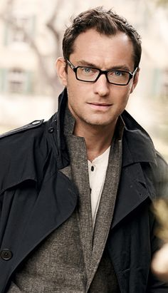 "Jude Law - ""W.P. Inman"" in Cold Mountain and ""Dickie Greenleaf"" in The Talented Mr. Ripley, looking great in #glasses"
