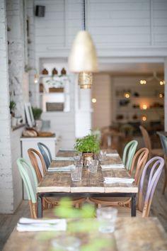 restaurant einrichtung Trend Alert: Pastel Trend in Home Decor - Home Stories A to Z Cafe Restaurant, Restaurant Design, Kitchen Paint, Kitchen Dining, Urban Kitchen, Cozy Kitchen, Rustic Kitchen, Café Design, Design Ideas