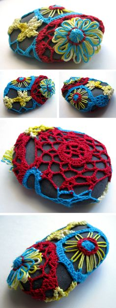 From speckless.wordpress.com Flower creations for rocks...so whimsical! @crafts @rocks @crochet