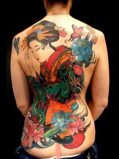 tattoo geisha su schiena e fianco, 2011