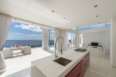 Oceanviews from kitchen