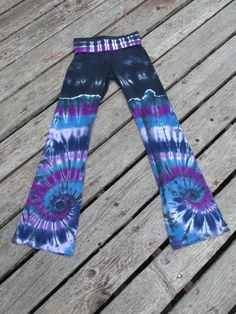 Double Spiral Tie Dye Yoga Pants   Made to Order by PiecefulWorlds Blue and Purple spirals on roll waist yoga flare pants. Dance Pants. PJ's Favorite pants ever