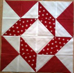- Balkan Puzzle Quilting Tutorials, Quilting Templates, Quilting Projects, Quilting Designs, Diy Quilt, Quilt Blocks Easy, Barn Quilt Patterns, Pattern Blocks, Half Square Triangle Quilts