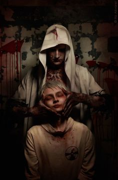 The Evil Within cosplay Ruvik and Leslie Withers by ShiroKuroGang on DeviantArt The Evil Within Ruvik, The Evil Within Game, Make Up Inspiration, Character Inspiration, Assassins Creed, Leslie Withers, Arte Robot, Shadow Of The Colossus, Star Citizen