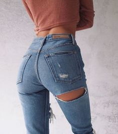 These are booty goals Snap: alinebond
