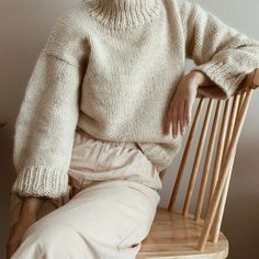 Gregoria Fibers – Fru Kvist Warm Sweaters, Comfy Sweater, Chunky Cardigan, Sweater Weather, Stay Warm, Casual Looks, Beautiful Outfits, Turtle Neck